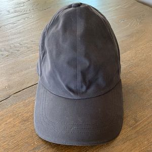 Lululemon run hat